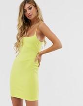 Vestido Midi Ajustado De Tirantes Finos Con Detalle De Costuras En Color Lima De Missguided Sonia X Fyza