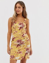 Vestido Amarillo Con Estampado Floral De New Look