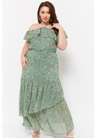 Plus Size Ditsy Floral Maxi Dress