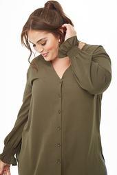 Plus Size Crepe Split-side Shirt