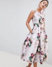 Vestido Midi Con Estampado Floral De Chi Chi London