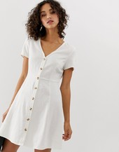 Vestido De Tarde Con Botones En La Parte Delantera De Vero Moda